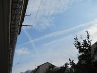 Read more: ChemTrail Photos - 2011 highlights